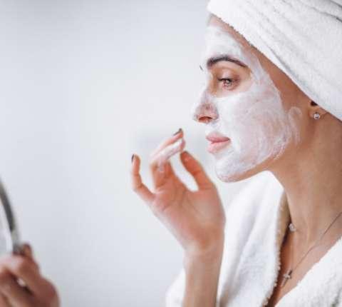 Cum sa ai grija de pielea ta in timpul pandemiei de coronavirus?